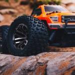 ARRMA 1/10 GRANITE 4x4 3S BLX Brushless Monster Truck RTR, Orange/Black