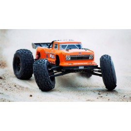 ARRMA 1/8 OUTCAST 6S BLX Brushless  4WD RTR, Orange